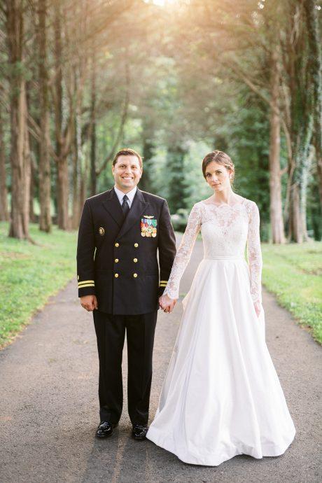 Bride and groom posing in golden hour taken by Philadelphia Wedding Photographer Matt Genders Photography